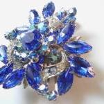 vintage blue rhinestone brooch